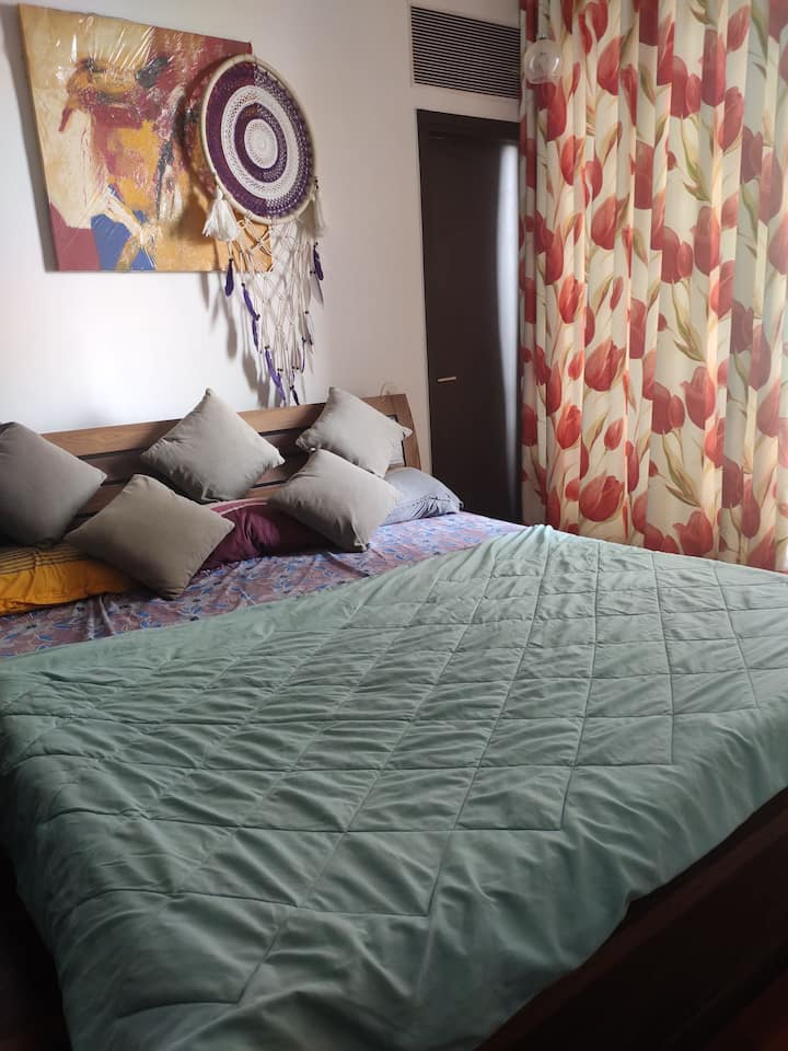 Private Room in Prime area of Lower Parel