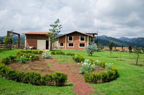 El Pecado cottage, quiet and romantic place.