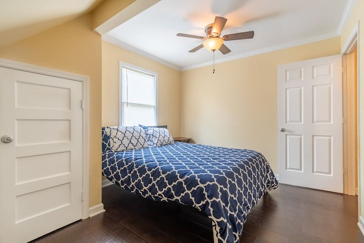 Upstair bedroom 2 with brand new Tuff-n-Needle queen-size mattress and nice high quality sheets and pillows.