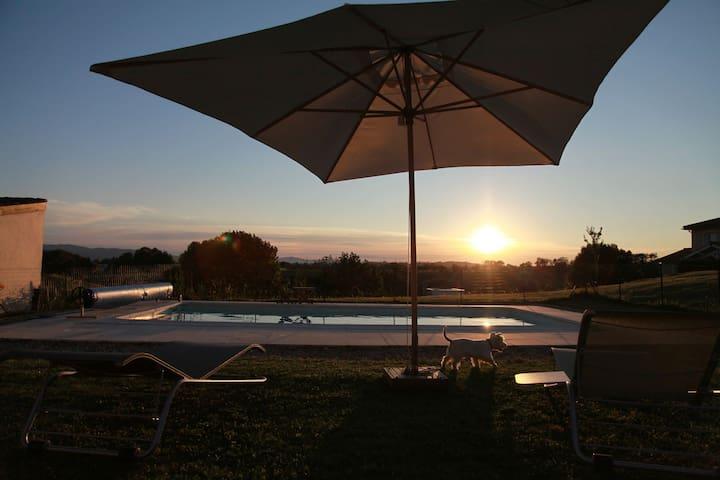 Superbe maison avec vue exceptionnelle et piscine