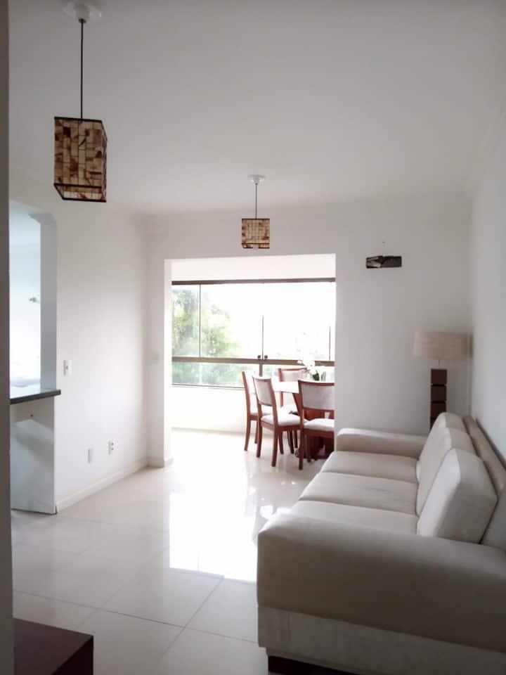Apartamento em condomínio de alto padrão
