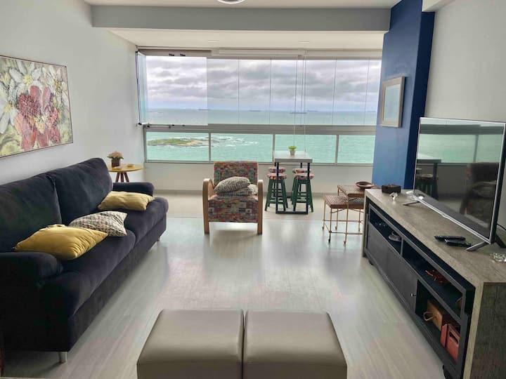 Lindo apartamento de Frente para o mar em Itapoã