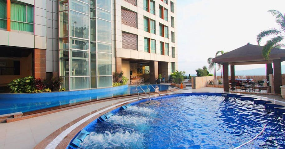 VIEW LOFT IN AMAZING ULTIMA TOWERS - Cebu City - Loft