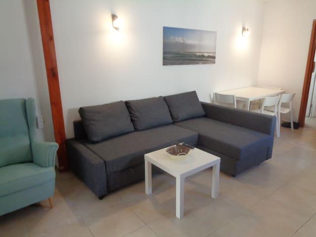 Stunning apartment, near Hilton beach