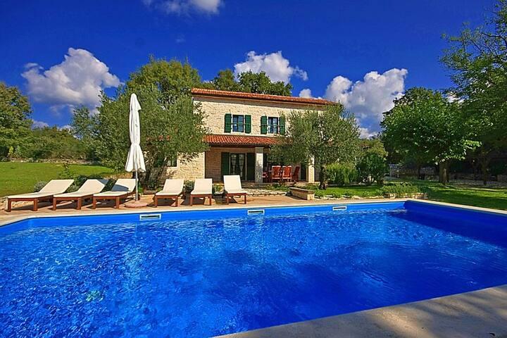 Villa Anita with swimming pool