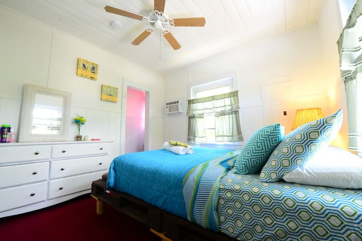 Bimini Room Historic Key West Charm - Marathon - Casa