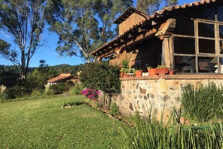 Acogedora cabaña Country Club - Tapalpa