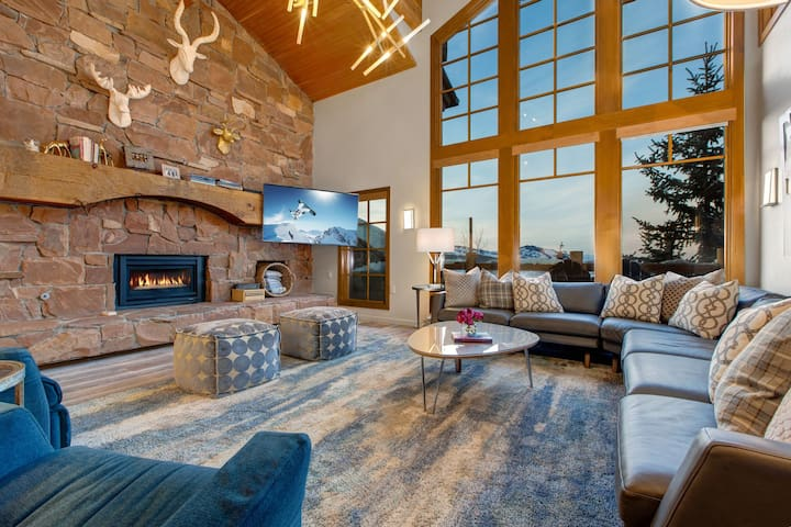 Abode at Stag Lodge | Ski-In/Ski-Out | On-Site Concierge | In-Town Transport