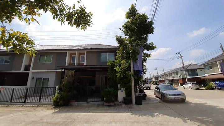 AJ house2
