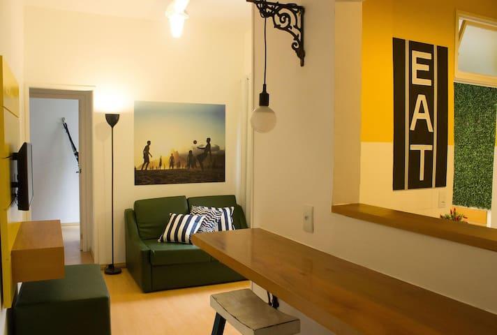 Apartamento Almirante 3 quartos 1101 - 1 min da praia