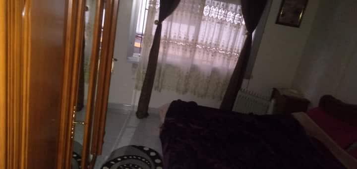 Bonjour j ai un villa à louer a av choupot