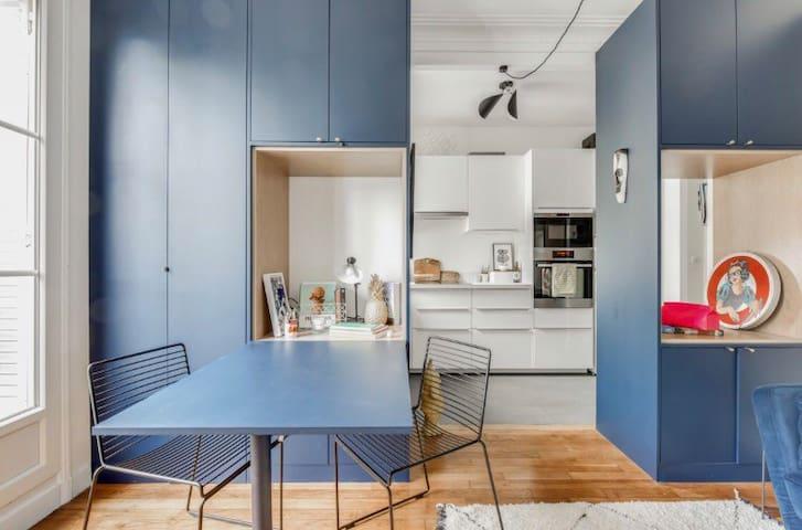 Bright architect flat/10 sec from metro Vaugirard
