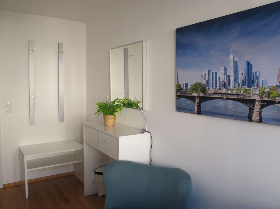 wg zimmer direkt an festhalle messe wohnungen zur miete in frankfurt am main hessen deutschland. Black Bedroom Furniture Sets. Home Design Ideas