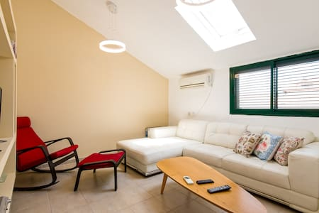 prime location apartment in zichron - Zikhron Ya'akov