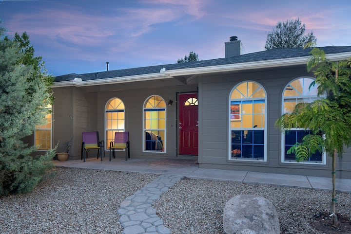 Cute-n-Cozy Casa-Galleria Cottonwood with 4 beds