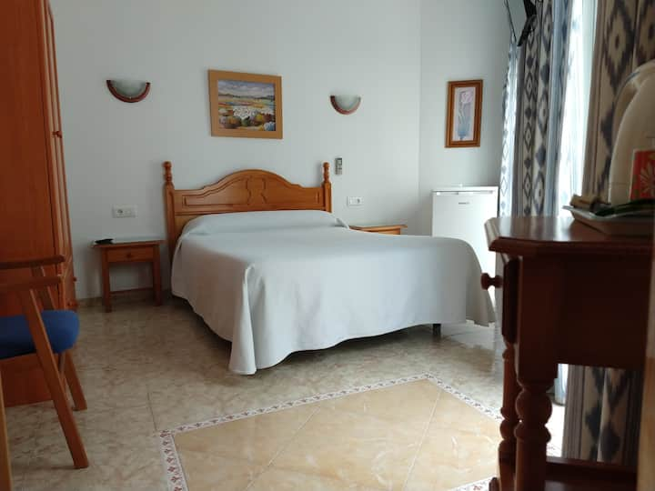 Hostal Andalucia Double Room Two Beds