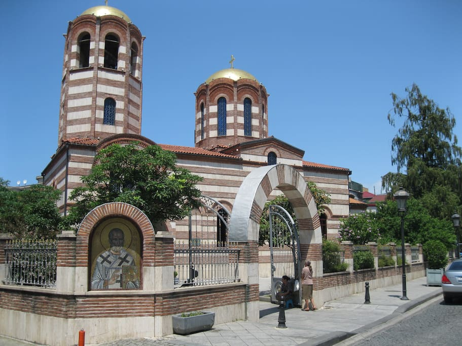 Не далеко от дома , церковь Св.Николая.