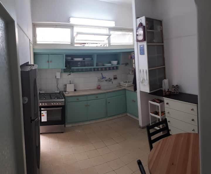 ***Lovely & spacious apartament in Rabin Square***