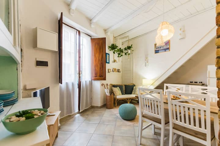 Lovely apartment in historic Sant'Antioco