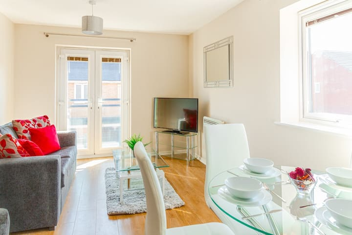 **HP Apartments - Stylish two bed apartment**