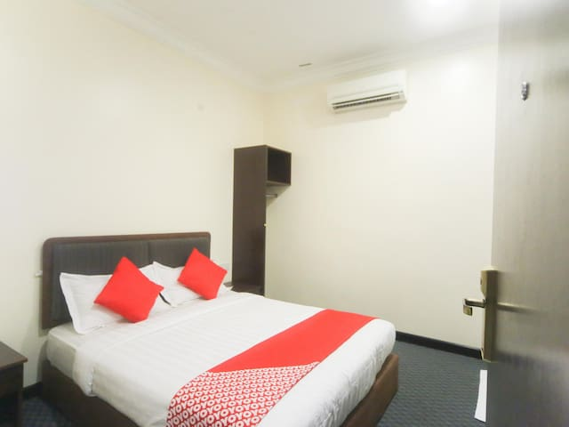 1BR Deluxe Twin in Comfort Hotel- On Sale!