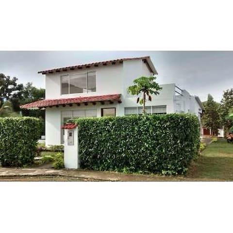 Casa condominio Sol de Anapoima - Anapoima - Casa