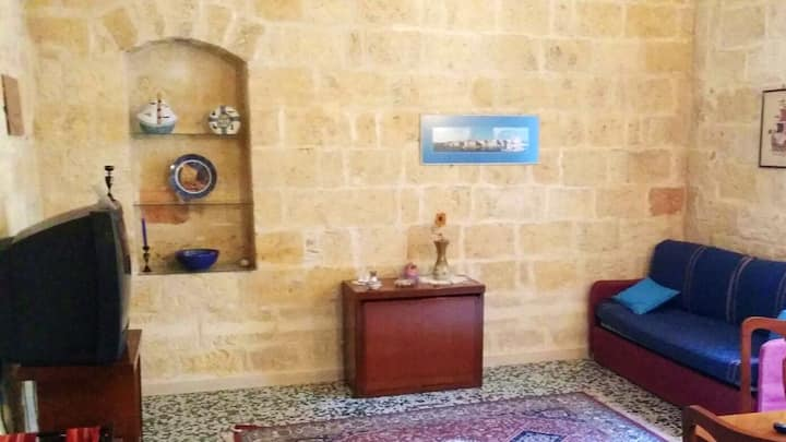 Apartment with one bedroom in Trani, with wonderful sea view and terrace