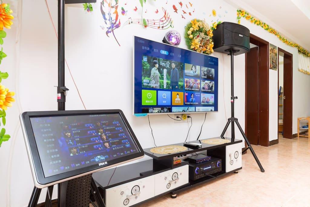 客厅 : KTV+点歌台