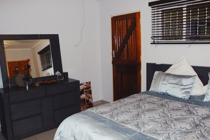 Great Private En Suite Room
