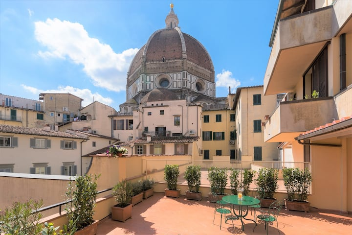 Duomo exclusive suite with terrace
