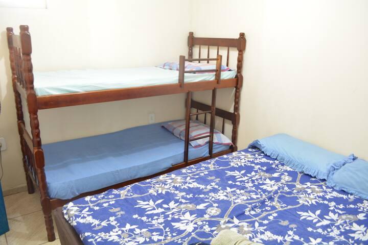 Hospedagem em Itapuã Vila Velha, apart inteiro 102