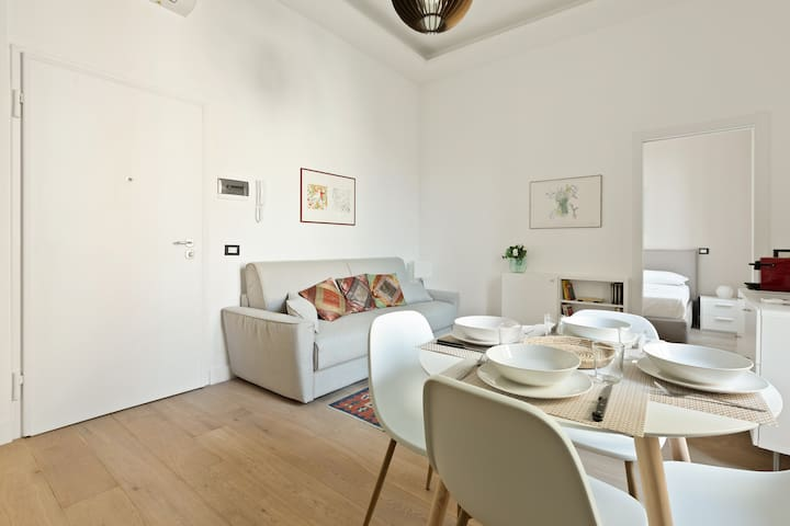 The perfect relax area with the soft sofa bed x2, the Tv and the dining table