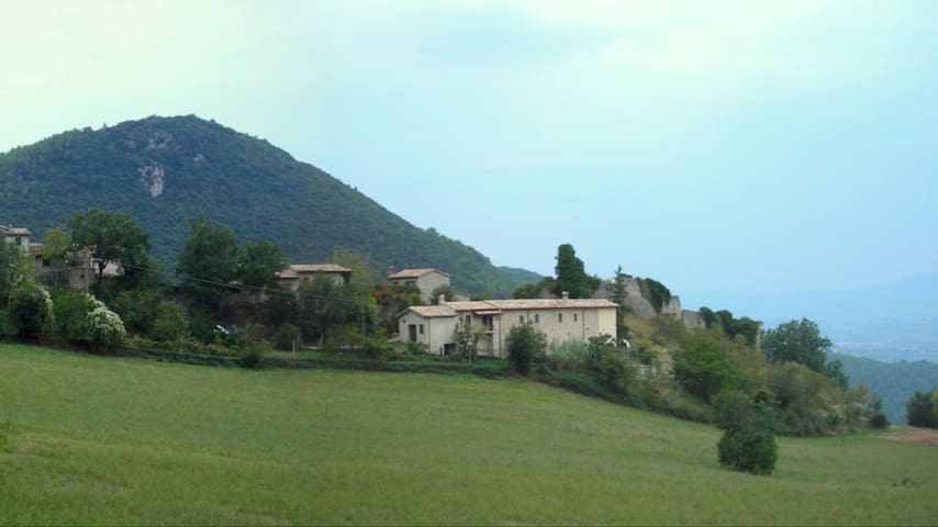 Rent entire house - Spoleto - House