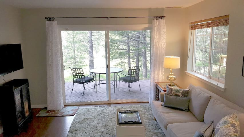 Alder Creek Apartment - Truckee - Pis