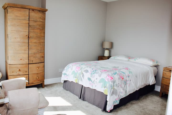 Charming Loft with Ensuite in Rudgwick, Sussex