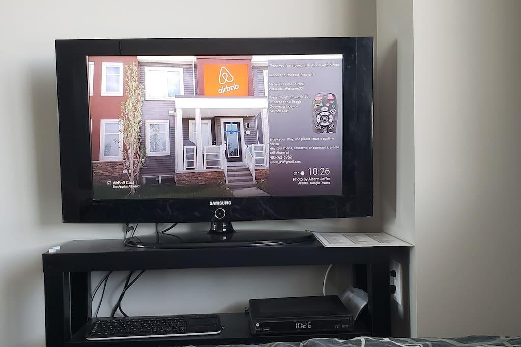 32'' TV With Chromecast