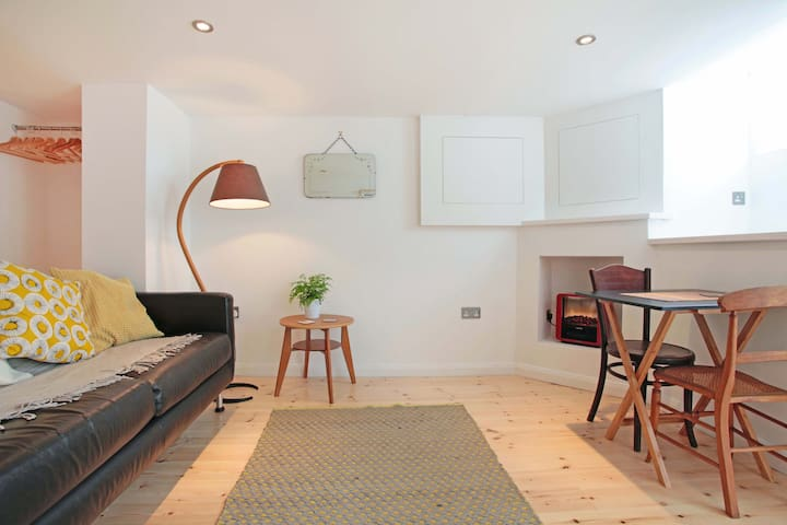 Beautiful studio flat, perfect bolt hole, Brighton - Brighton - Wohnung