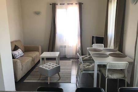 Appartement T2 dans maison privee à Aubagne