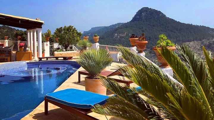 VILLA ROSA - Luxus pur mit Pool und Meerblick