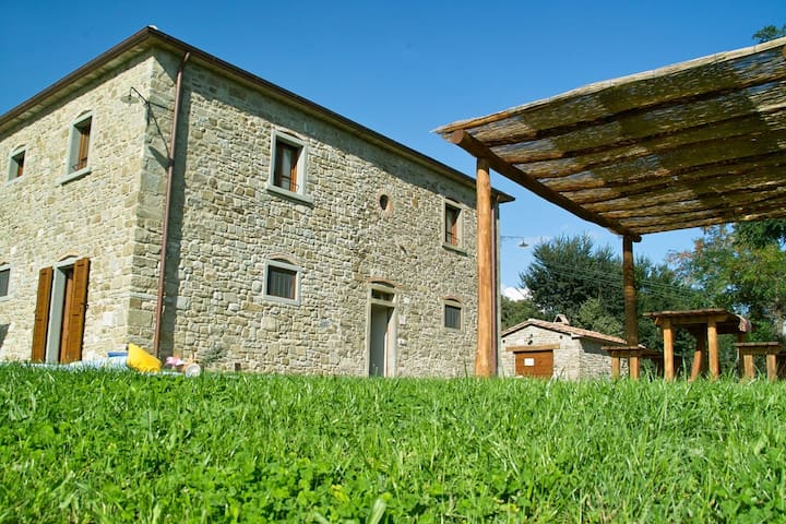Beautiful accommodation in elegant farmhouse with pool and breathtaking views