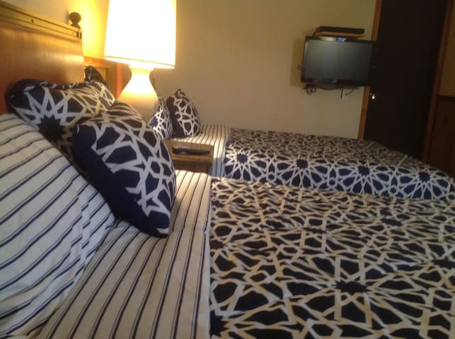 Rooms Chalet Caberfae Crossing Cadillac MI 49601