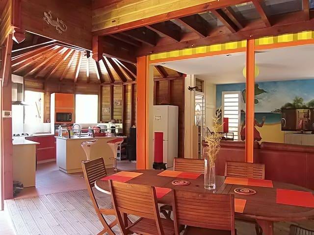 Villa à Gosier  avec piscine 8/10 personnes