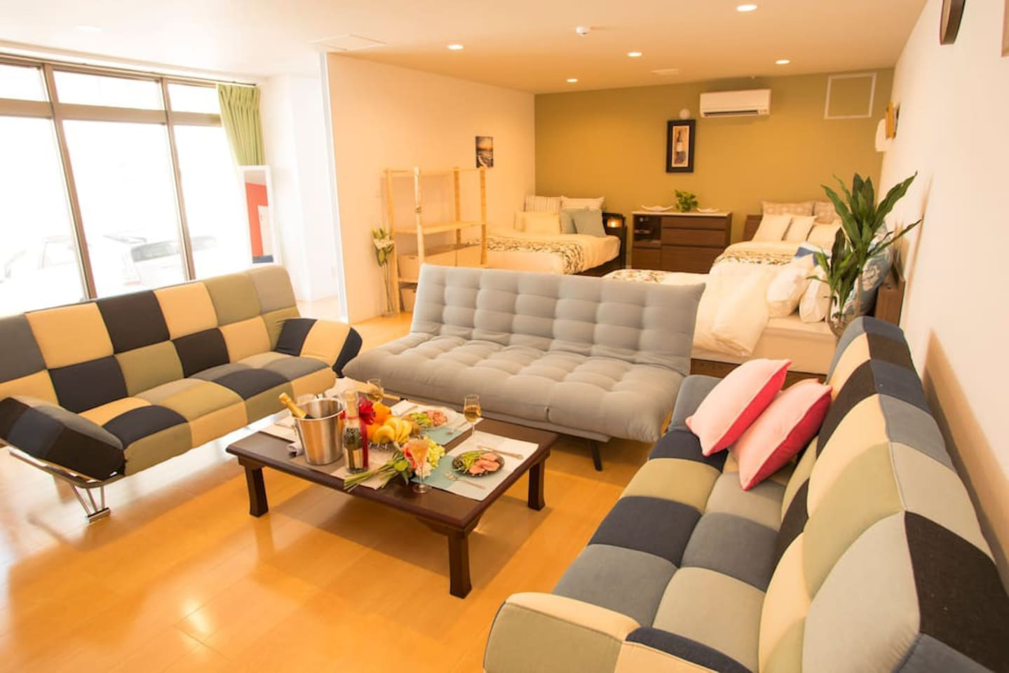 Welcome to our page! Let's get started a room tour:) はいさーい!ご覧いただきありがとうございます^^