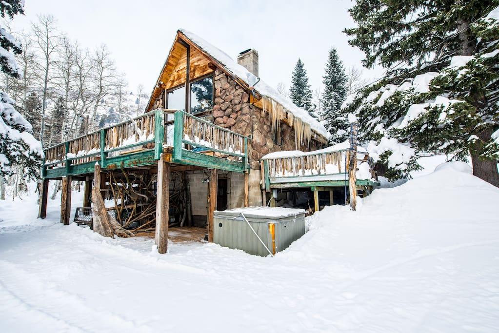 The mangy moose rustic ski cabin solitude brighton for Brighton utah cabin rentals