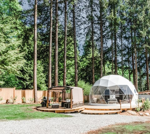 The Dome Away from Home Outdoor Glamping