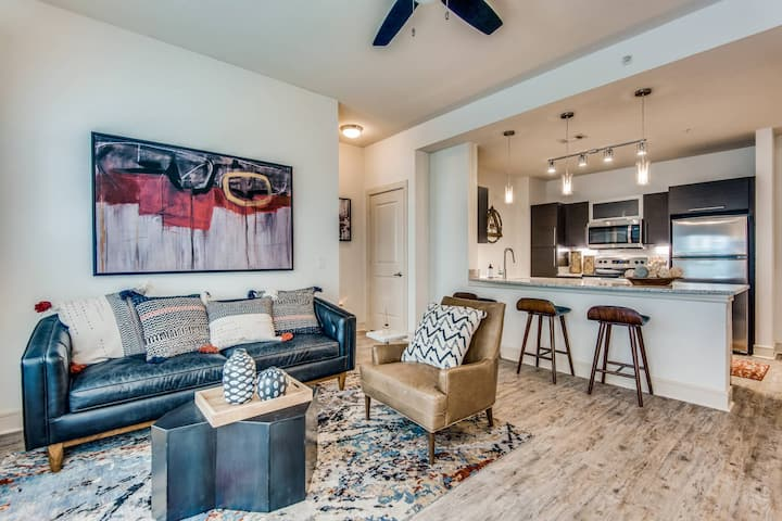 A place to call home | 2BR in Addison