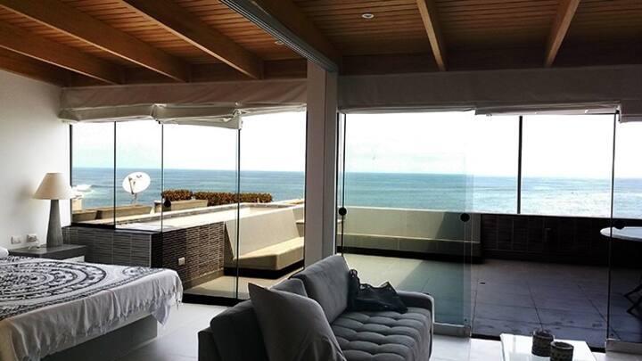 Departamento frente al mar con linda vista