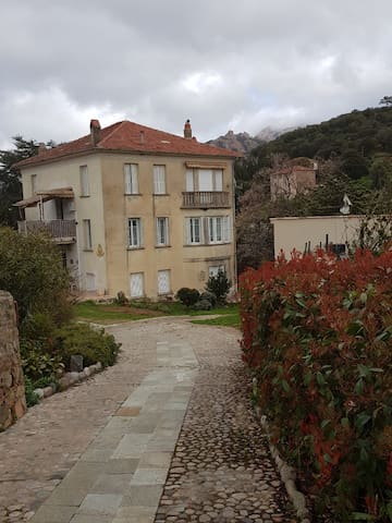 Appartement T2 dans villa