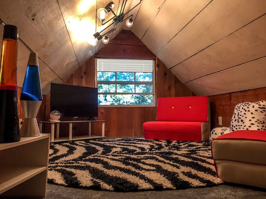 Two more sleeping options. Two fold out twin futons...in the Lava Lounge...BRAND NEW! Built out attic fort! The Lava Lounge... an adult/kid chill play space.