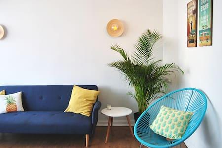 Sunny Beach House Caparica - Costa da Caparica